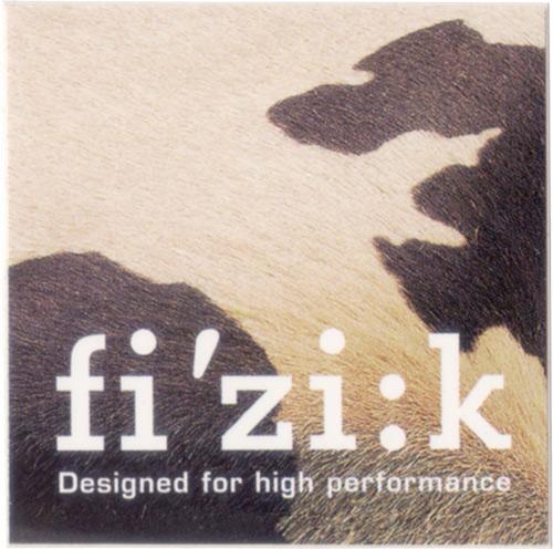 fi'zi:k(フィジーク)ロゴステッカー(ブラウン系)